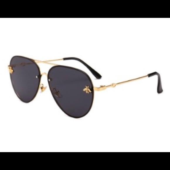 3996572e64 Gucci bee imitation sunglasses.